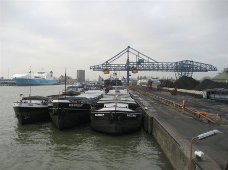 barges waiting to be loaded