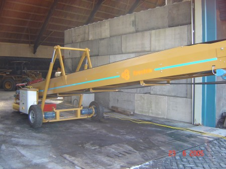 telescopic conveyor-belt